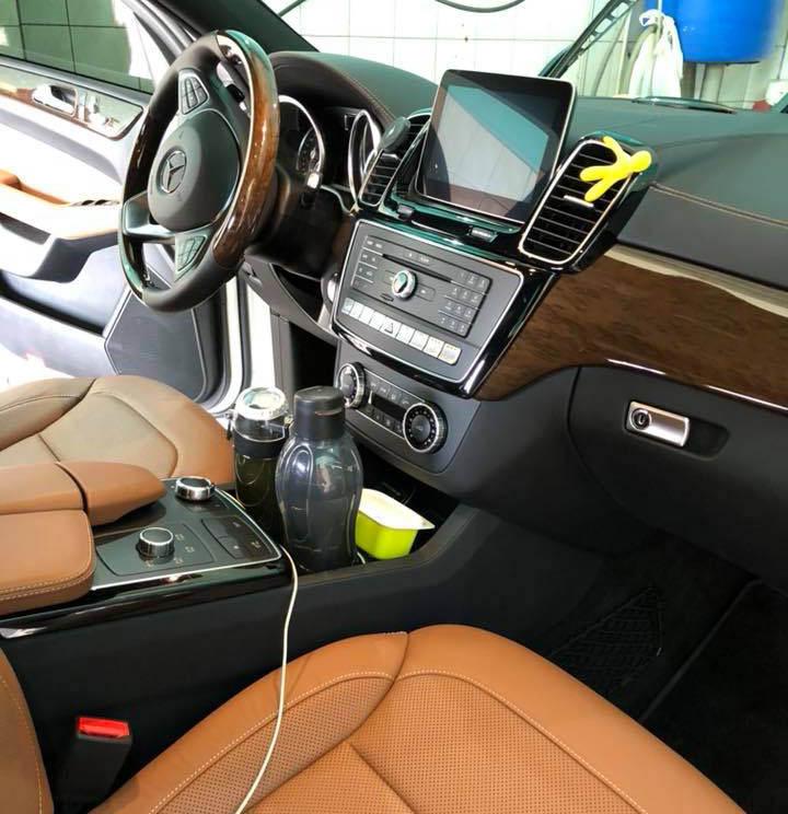 Cалон авто Mercedes после профессиональной химчистки