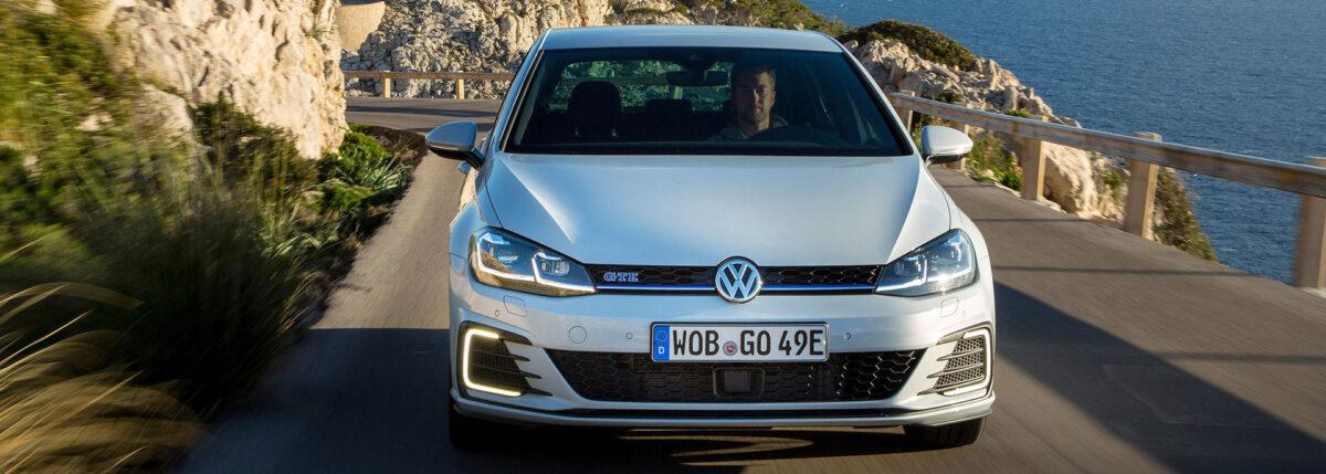 Электрификация Volkswagen: Golf 8 GTE приведет за собой гибридные версии Tiguan и Arteon